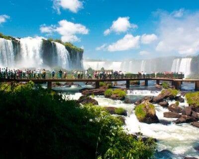 Argentina, entre ciudades y bella naturaleza