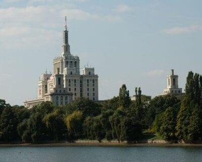 Viaje a Bucarest, la ciudad de la suerte y los tesoros escondidos de Bucarest