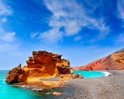 Aventúrate a la isla de Lanzarote desde Santiago