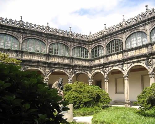 Descubre Santiago de Compostela y Burgos