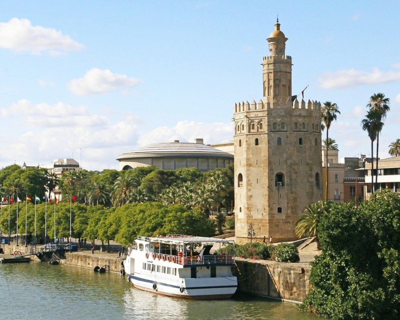Viaja a Sevilla desde Barcelona