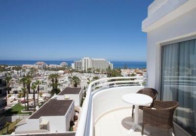 Tenerife desde Sevilla, incluye vuelos, 7 noches en hotel de 4 estrellas y coche de alquiler
