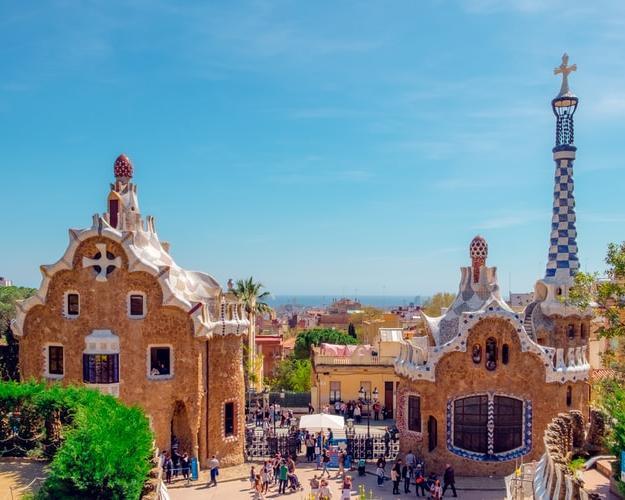 Visita Barcelona desde Tenerife con vuelos, hotel de 4 estrellas y actividad incluidos