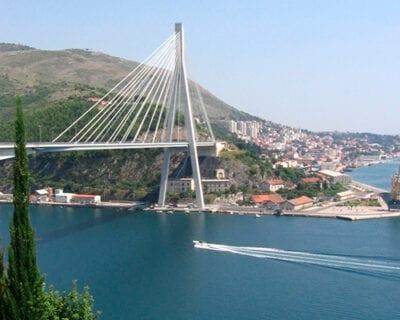 Viaje a Dubrovnik, Croacia con coche de alquiler incluido