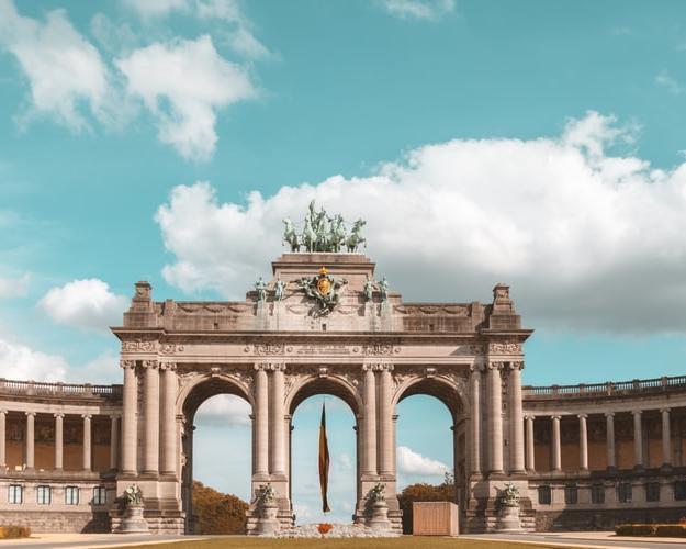 Triángulo Belga con las ciudades Bruselas, Brujas y Amberes