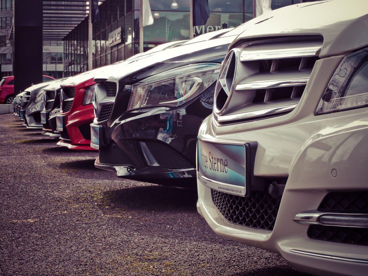 Preguntas frecuentes sobre el alquiler de vehículos