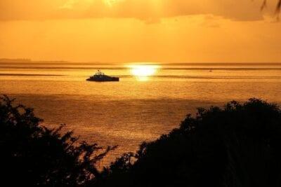 Amanecer Mozambique Mar De Oro Mozambique La Puesta Del Sol