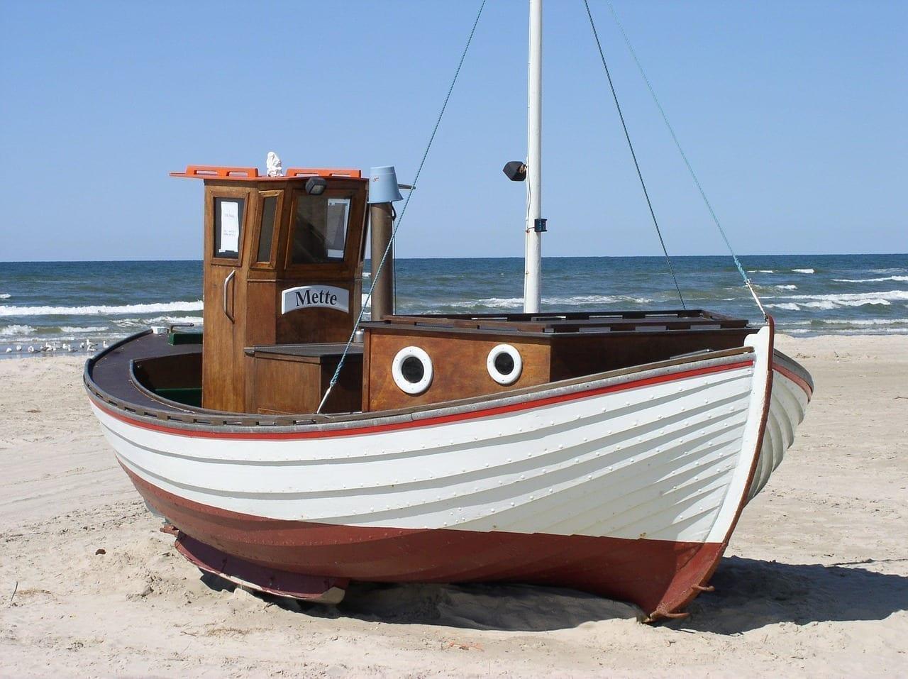 Barco De Pesca Dinamarca Playa