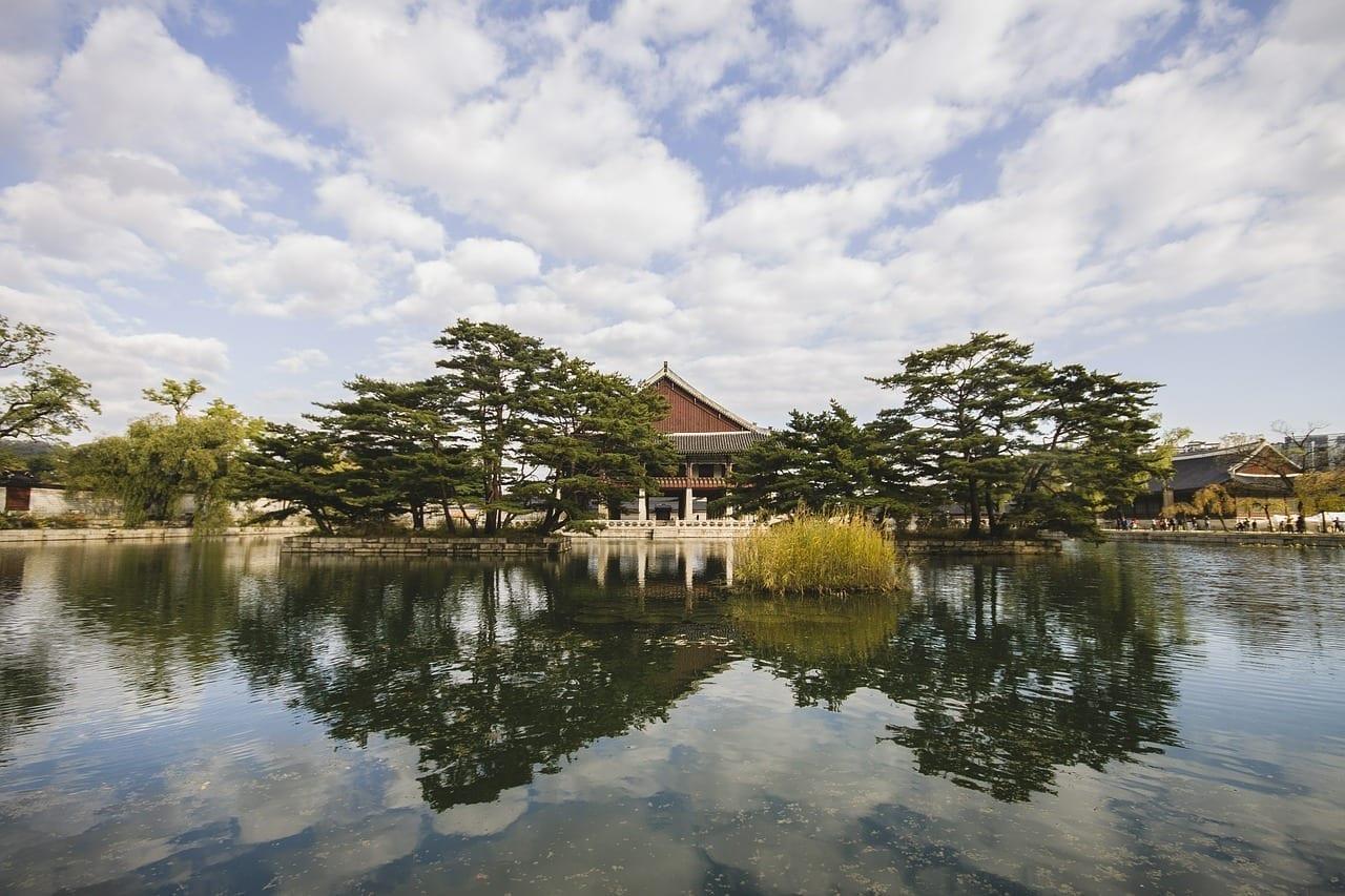 Corea Del Sur Templo Lago