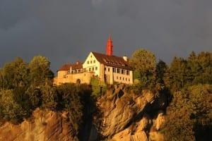 El castillo de Hohenbregenz en Gebhardsberg Austria