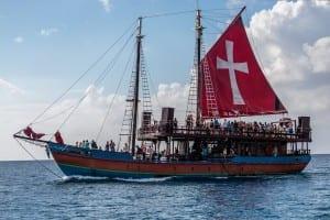 Crucero Negro Perla Barbados Océano Atlántico