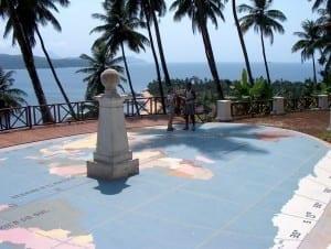 El ecuador marcado al cruzar Ilhéu das Rolas, pequeña isla en el extremo sur de São Tomé. Santo Tomé y Príncipe