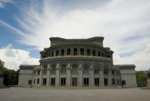 El teatro de la ópera de Ereván. Armenia