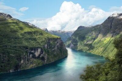 Fiordo Noruega Montaña