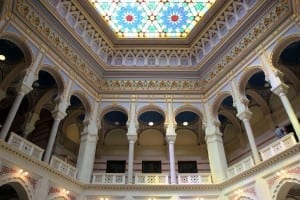 Interior del Ayuntamiento. Bosnia y Herzegovina