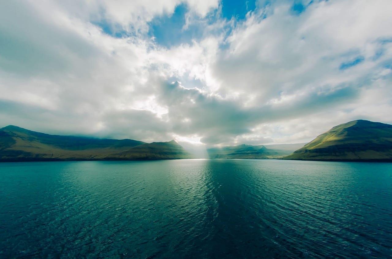 Islas Faroe Montañas Mar