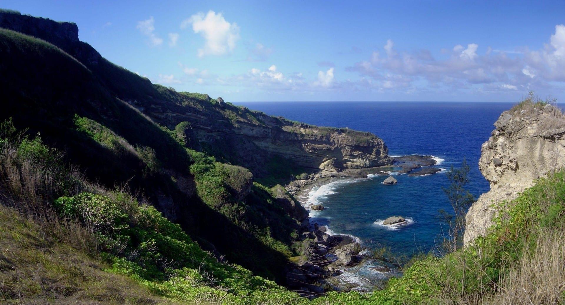 La costa de Saipán cerca de la Isla Prohibida Islas Marianas del Norte
