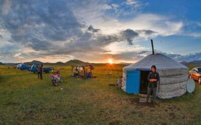 Nómada Mongolia Puesta Del Sol