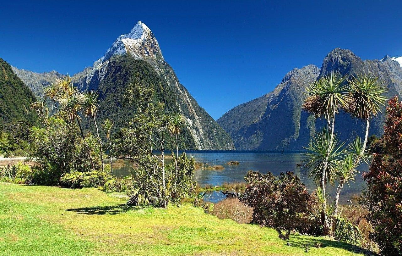 Nueva Zelanda Milford Sound Mitre Peak