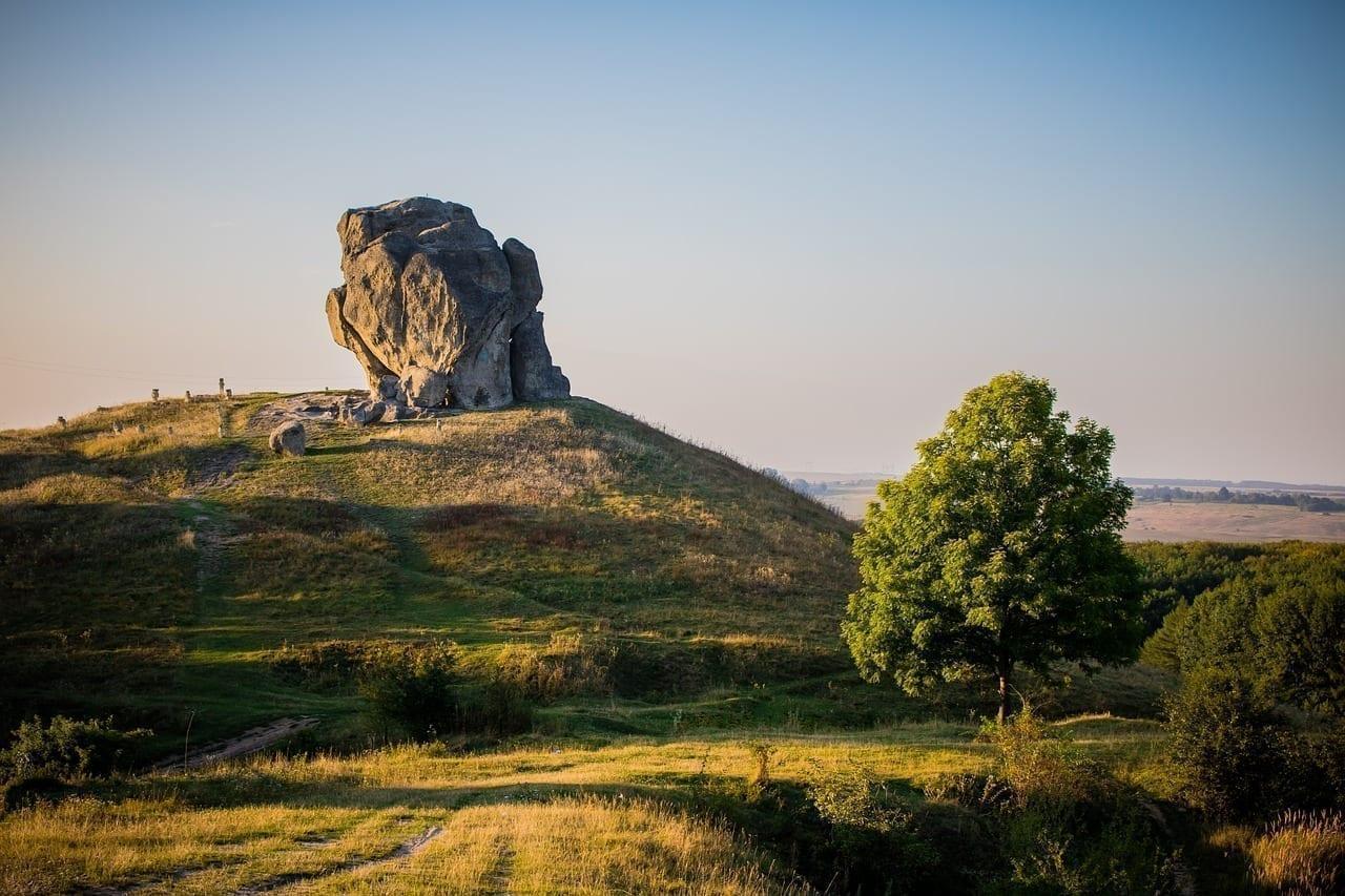 Pidkamin Piedra Ucrania