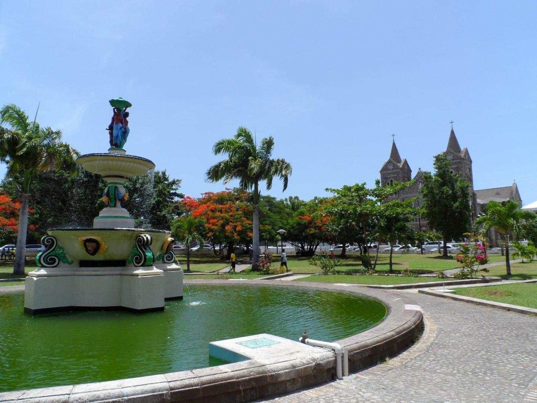 Plaza de la Independencia en Basseterre San Cristóbal y Nieves
