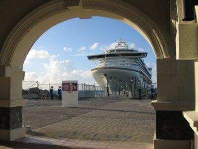 Puerto de cruceros en Basseterre San Cristóbal y Nieves