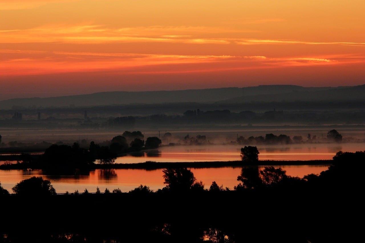 Puesta Del Sol Croacia Lago