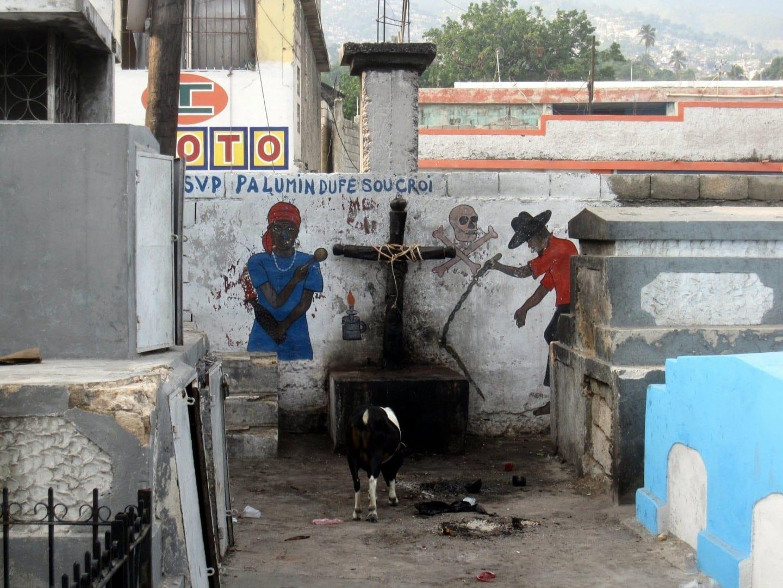 Santuario vudú en Puerto Príncipe Haiti