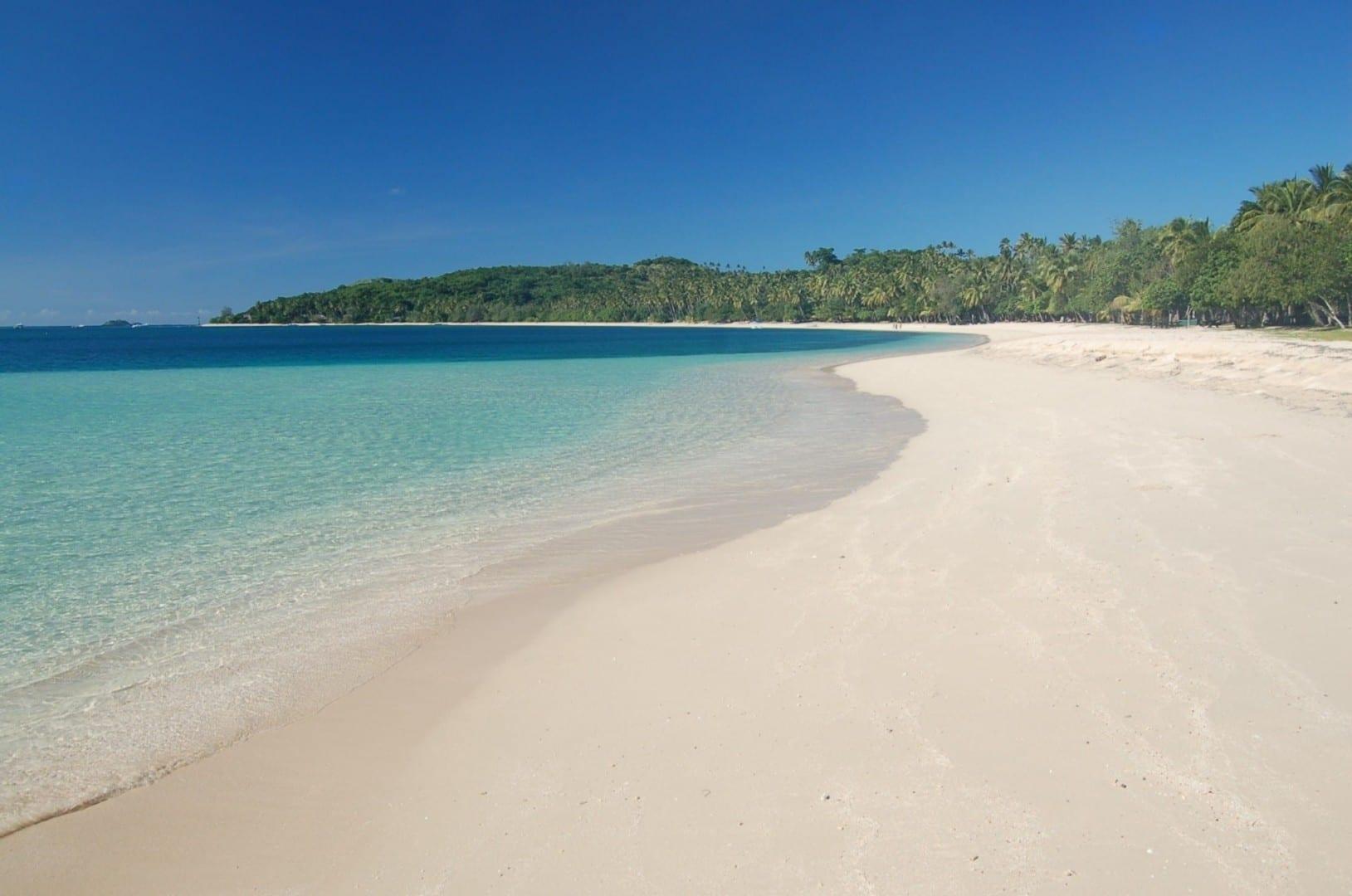 Una playa en Nanuya Lailai, una isla más pequeña en la cadena de Yasawa. Fiyi