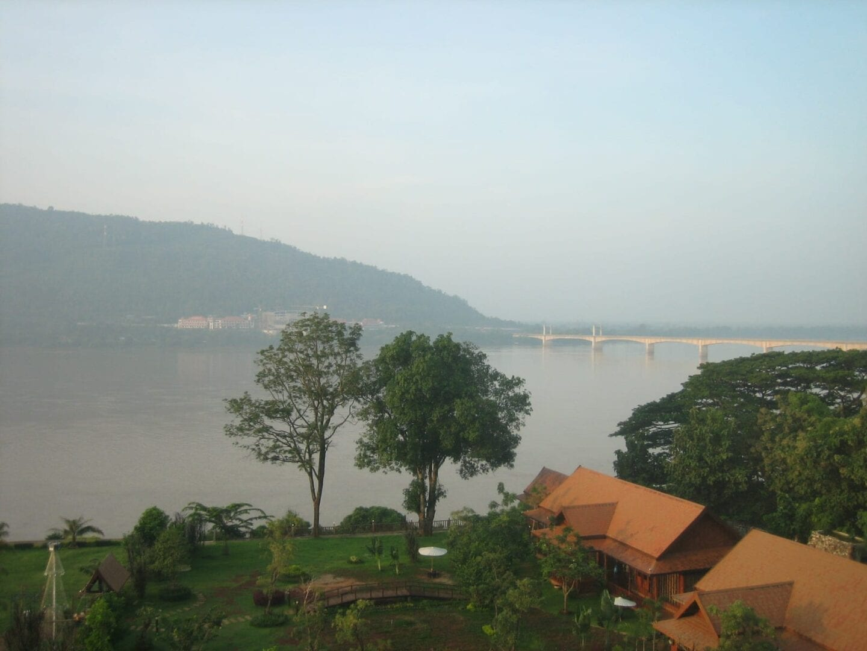 Vista del río Mekong en Pakse República Democrática Popular Lao