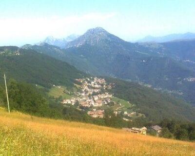 Costa Valle Imagna Italia