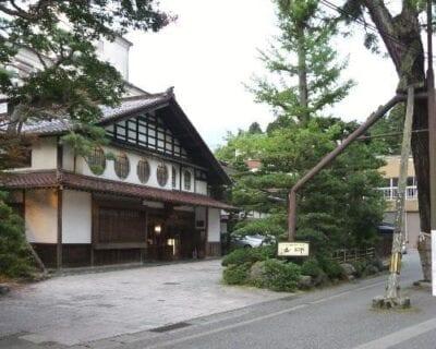 Komatsu Japón