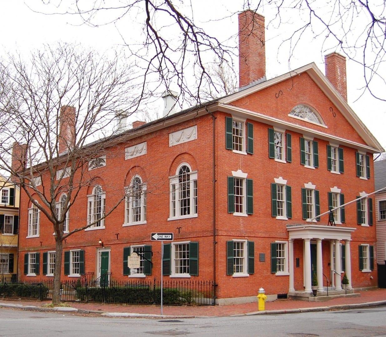 9 Chestnut Street en el distrito histórico de Samuel McIntyre por Samuel McIntire (1805) Salem MA Estados Unidos