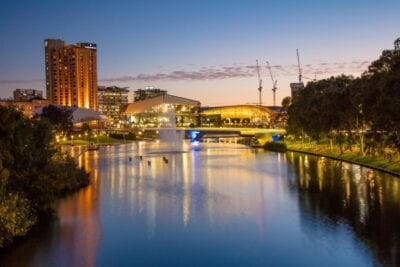 Adelaida desde el río Torrens Adelaida Australia