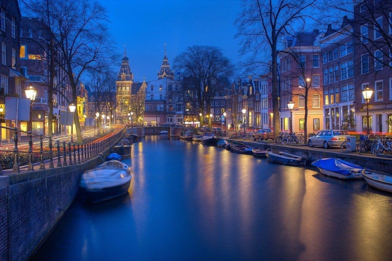 Amsterdam Noche Canales Países Bajos