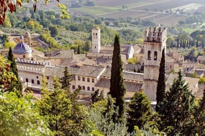 Asís La Torre De La Gente Edad Media Italia