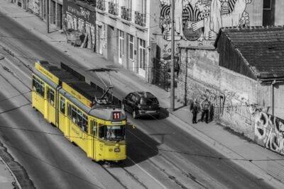 Belgrado Tren Calle Serbia