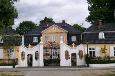 Bellevue, un palacio barroco en Lübeck Lubeca Alemania