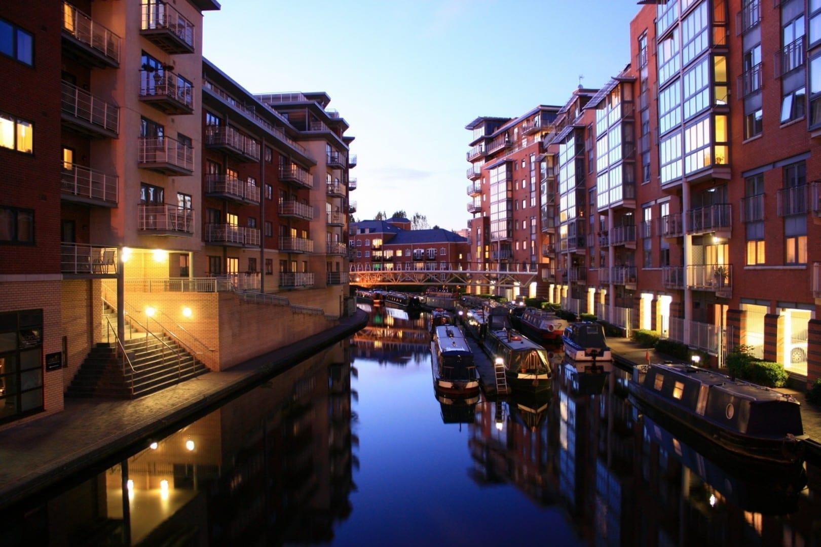 Birmingham es conocida por sus canales Birmingham Reino Unido