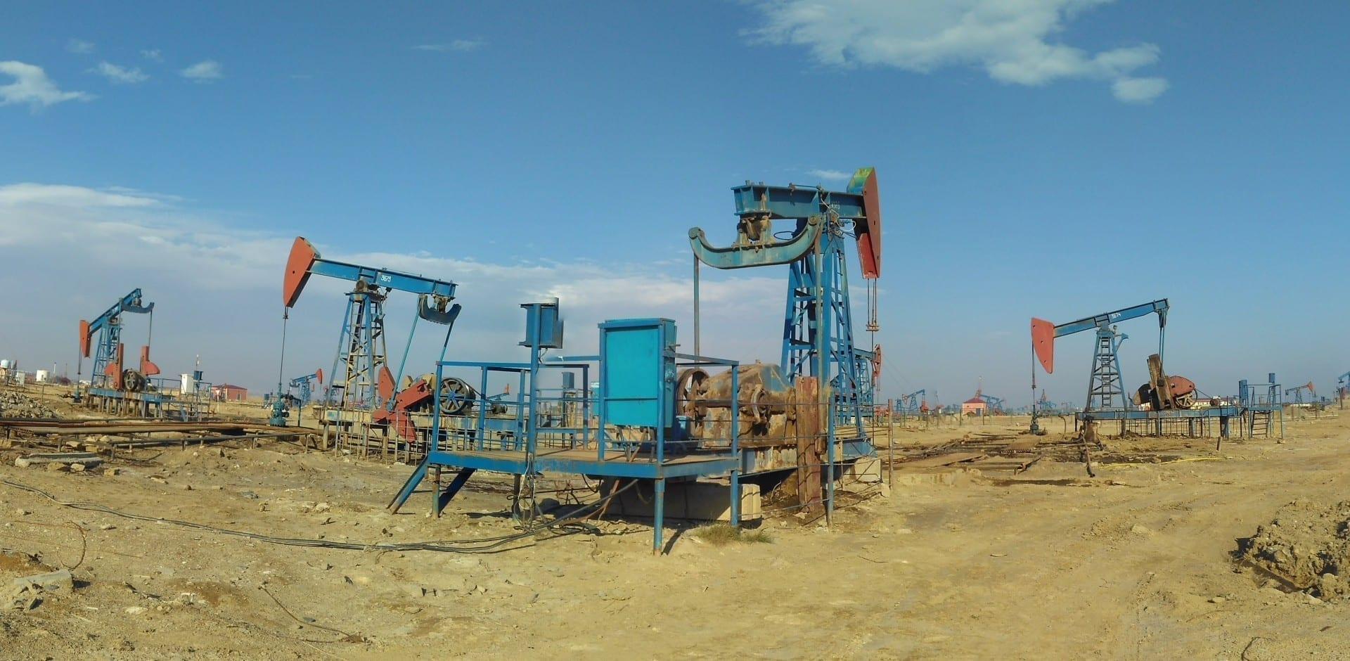 Bombas de aceite de Bakú Bakú Azerbaiyán