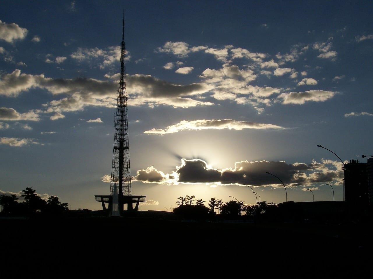 Brasilia Cielo Torre Brasil