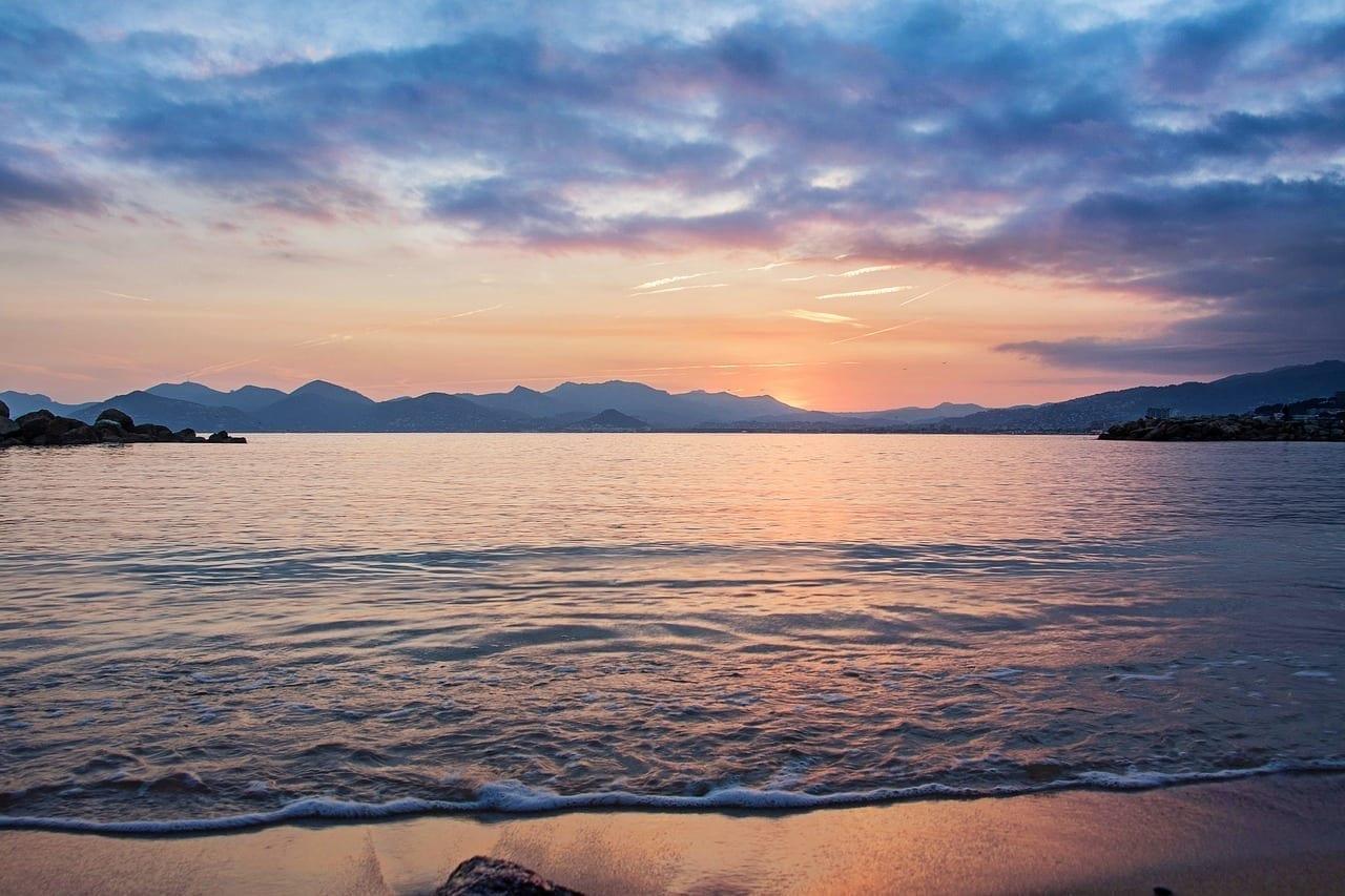 Cannes Playa Puesta De Sol Francia