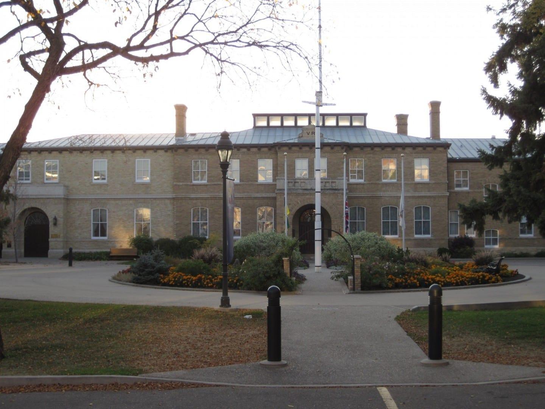 Casa de Gobierno, antigua sede de los Territorios Noroccidentales, cuando Saskatchewan todavía era parte de ellos! Regina Canadá
