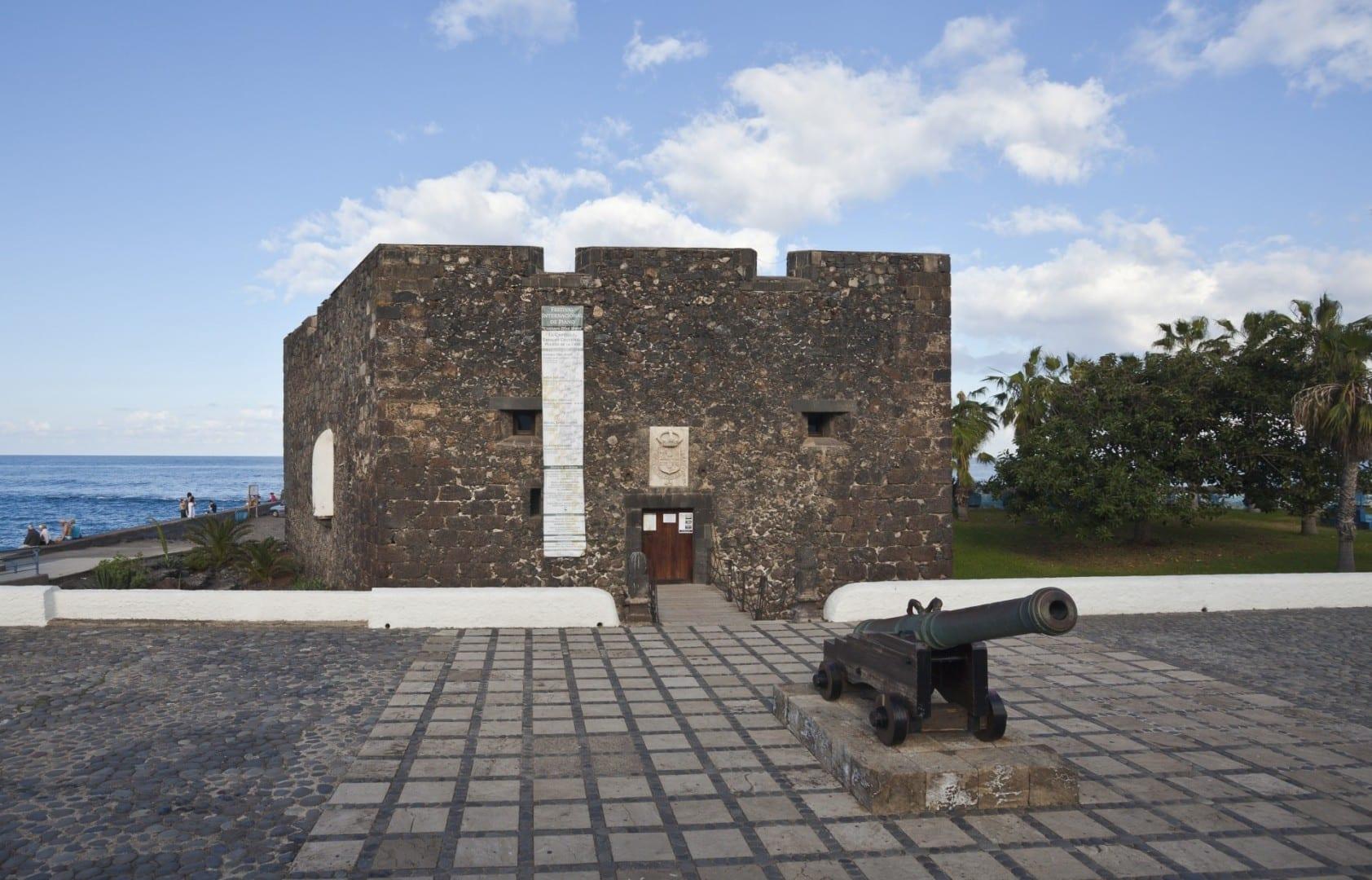 Castillo de Sa Felipe Puerto de la Cruz, Tenerife España