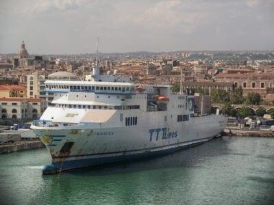 Catania Sicilia Transatlánticos Italia