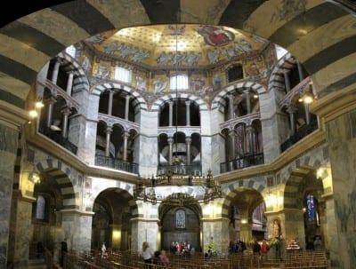 Catedral de Aquisgrán - Octágono Carolingio Aquisgrán Alemania