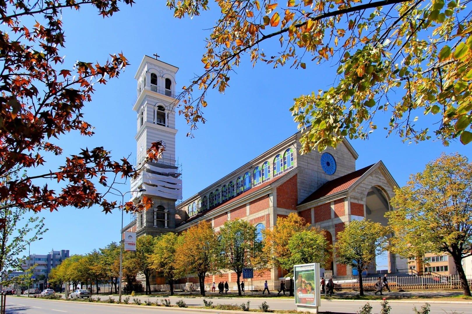 Catedral de la Madre Teresa Pristina Serbia