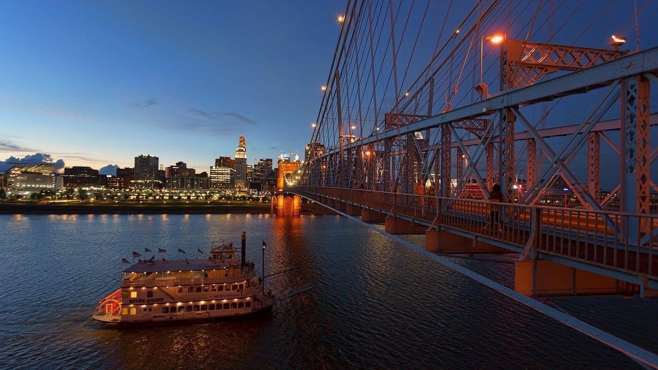 Cincinnati Río Ohio Puente Estados Unidos
