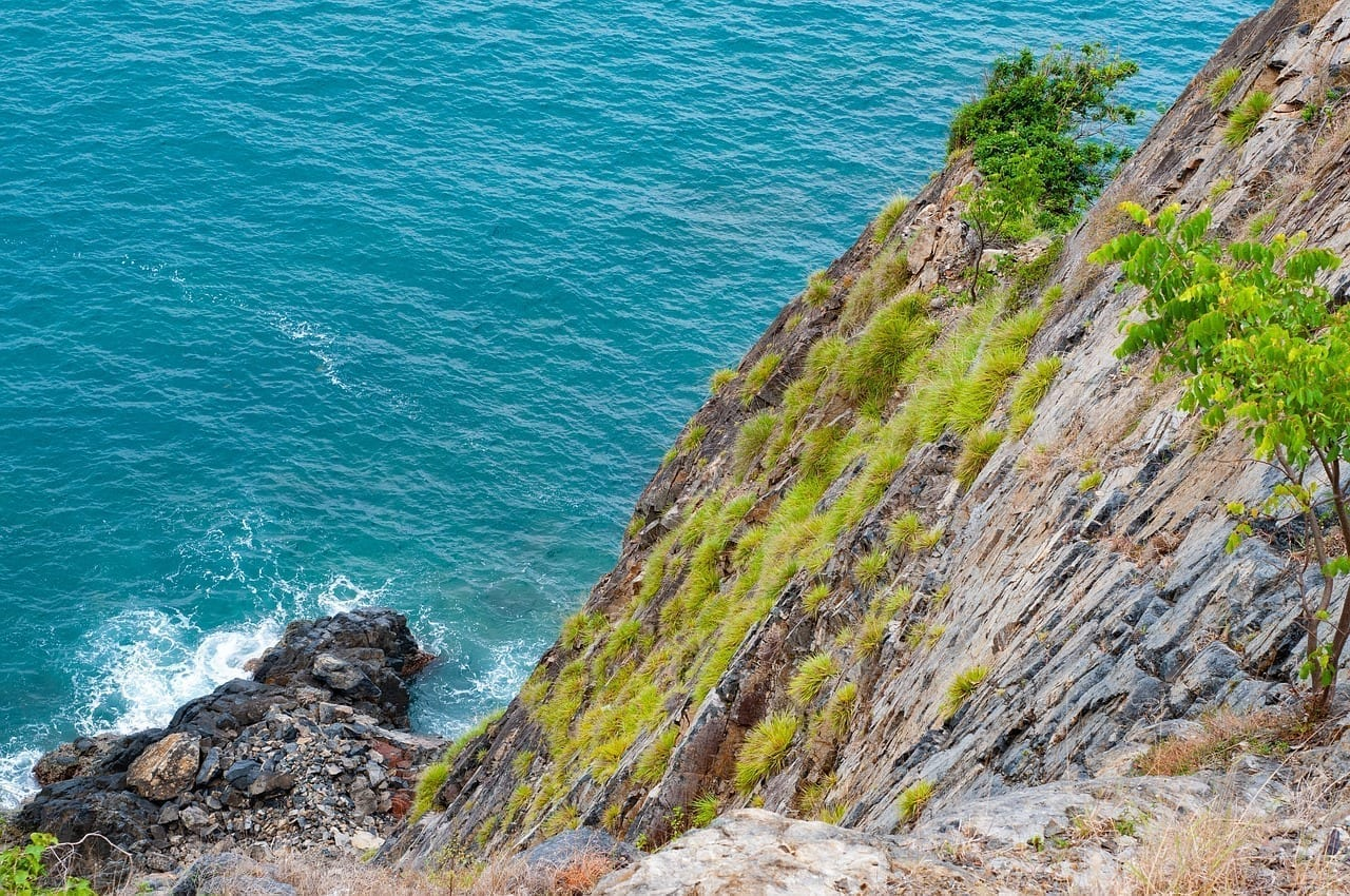Cliff Mar Nha Trang Vietnam