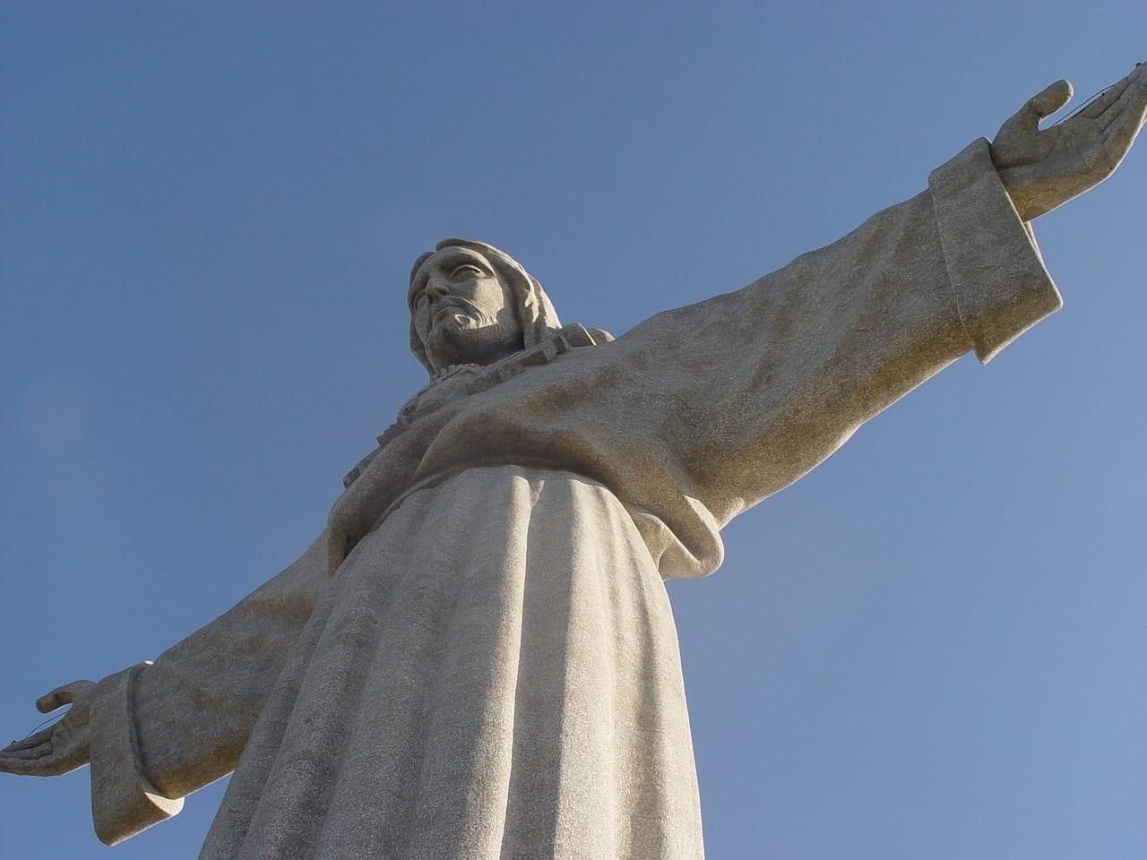 Cristo Rey Almada Monumento Portugal